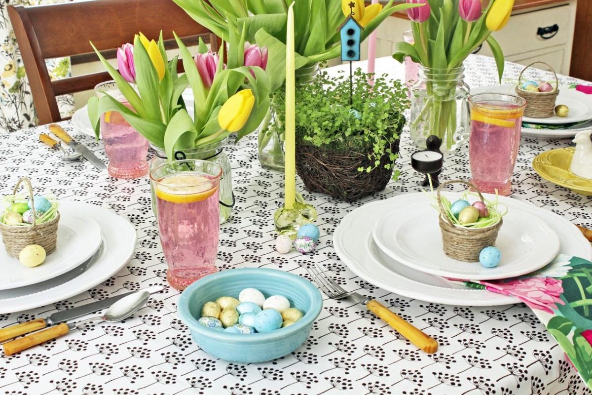 Оригинальные способы декорировать праздничный стол к Пасхе