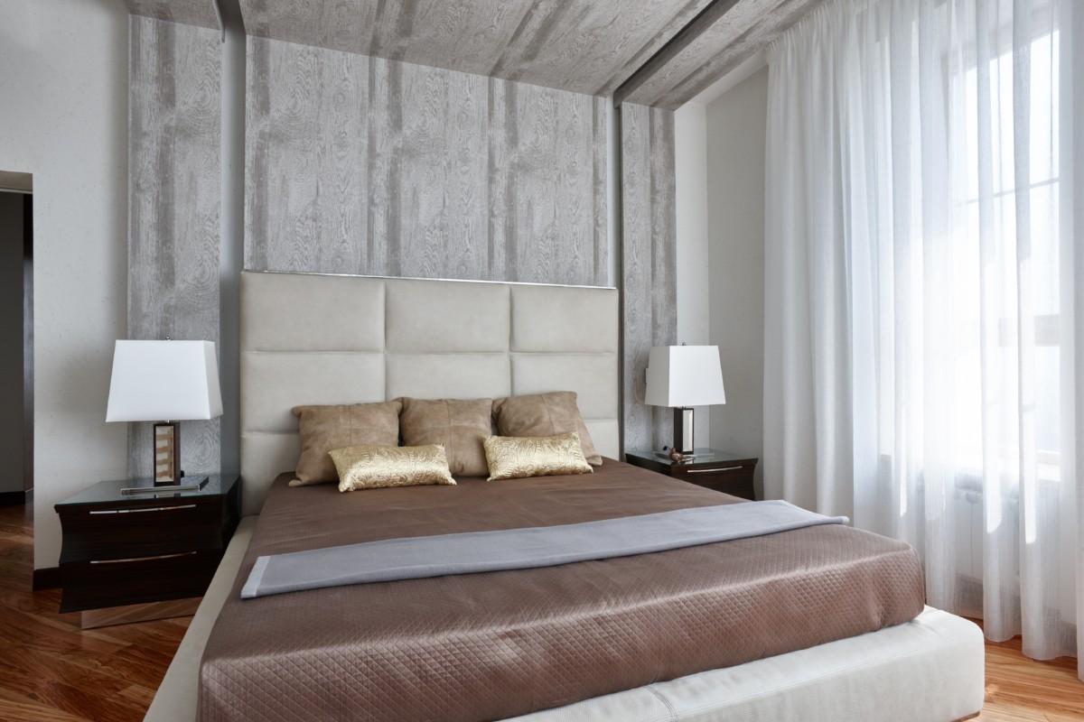 Спальня в  цветах:   Коричневый, Светло-серый, Темно-коричневый.  Спальня в  стиле:   Минимализм.