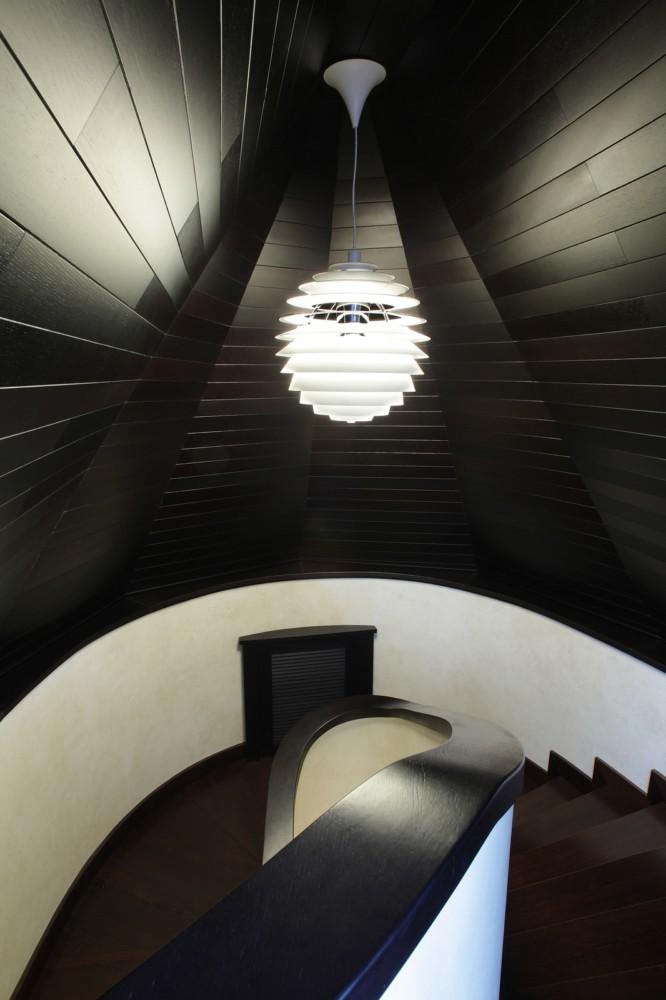 Лестница в мансарду.