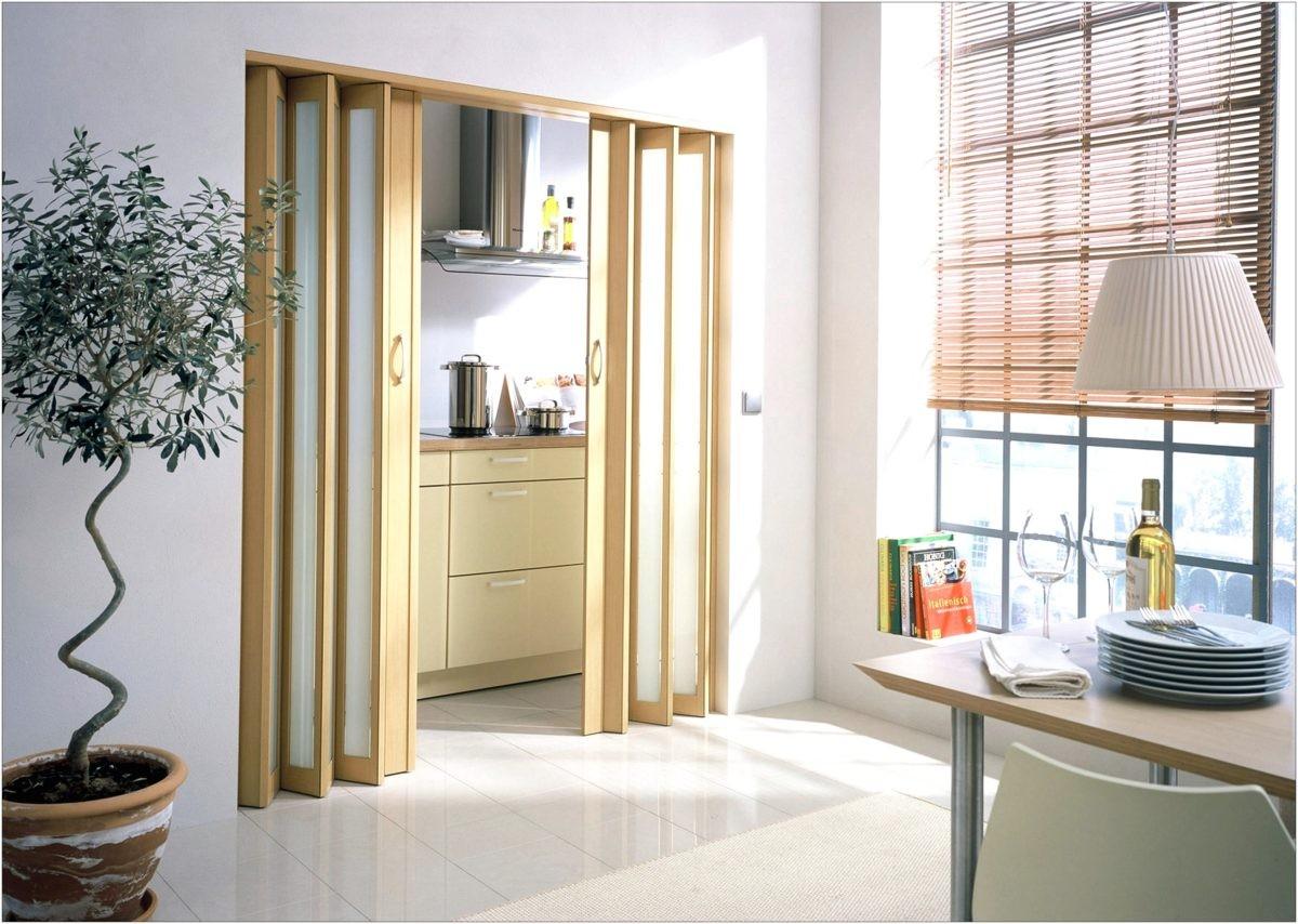 Чем заменить дверь: 5 интересных вариантов