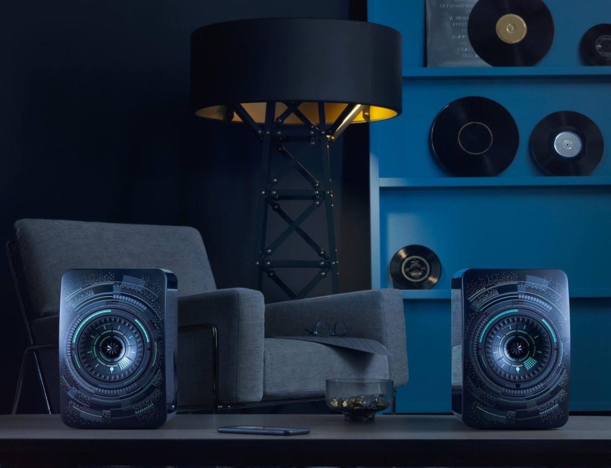 Дизайнер Марсель Вандерс создал акустическую систему для компании KEF