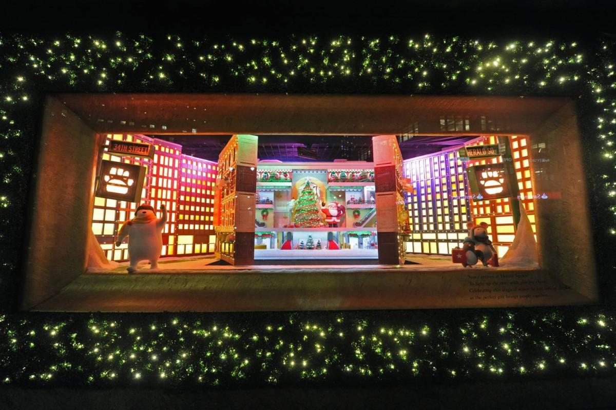 8 самых красивых рождественских витрин в Нью-Йорке