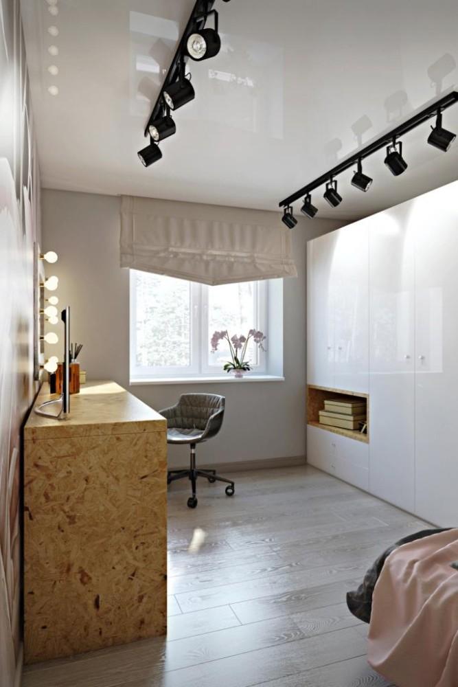 Благодаря расположению кровати в нише, мы освобождаем центр комнаты. Наблюдая достаточный участок свободного напольного покрытия - создается ощущение просторного помещения