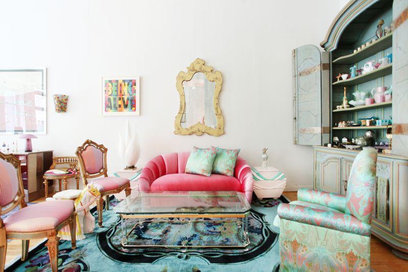 15 причин не покупать бежевый диван