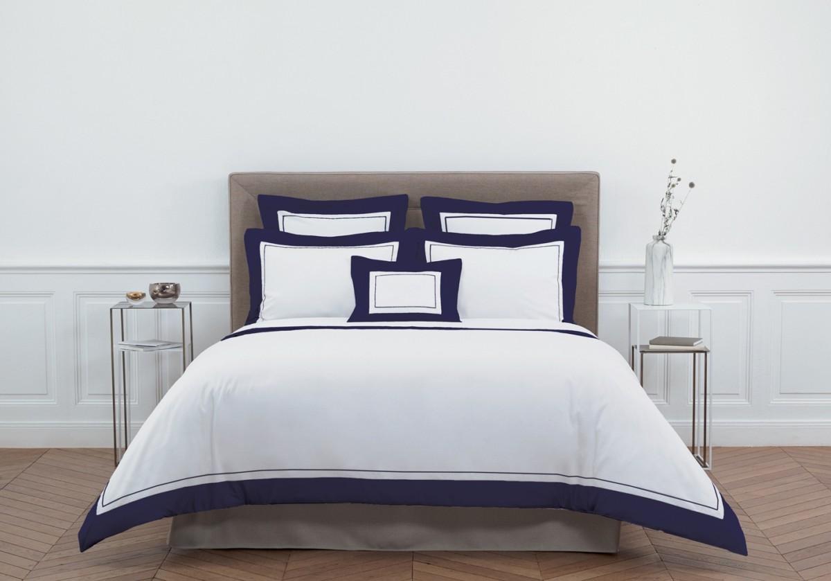 Производитель Yves Delorme выпустил товары в цвете года — классическом синем