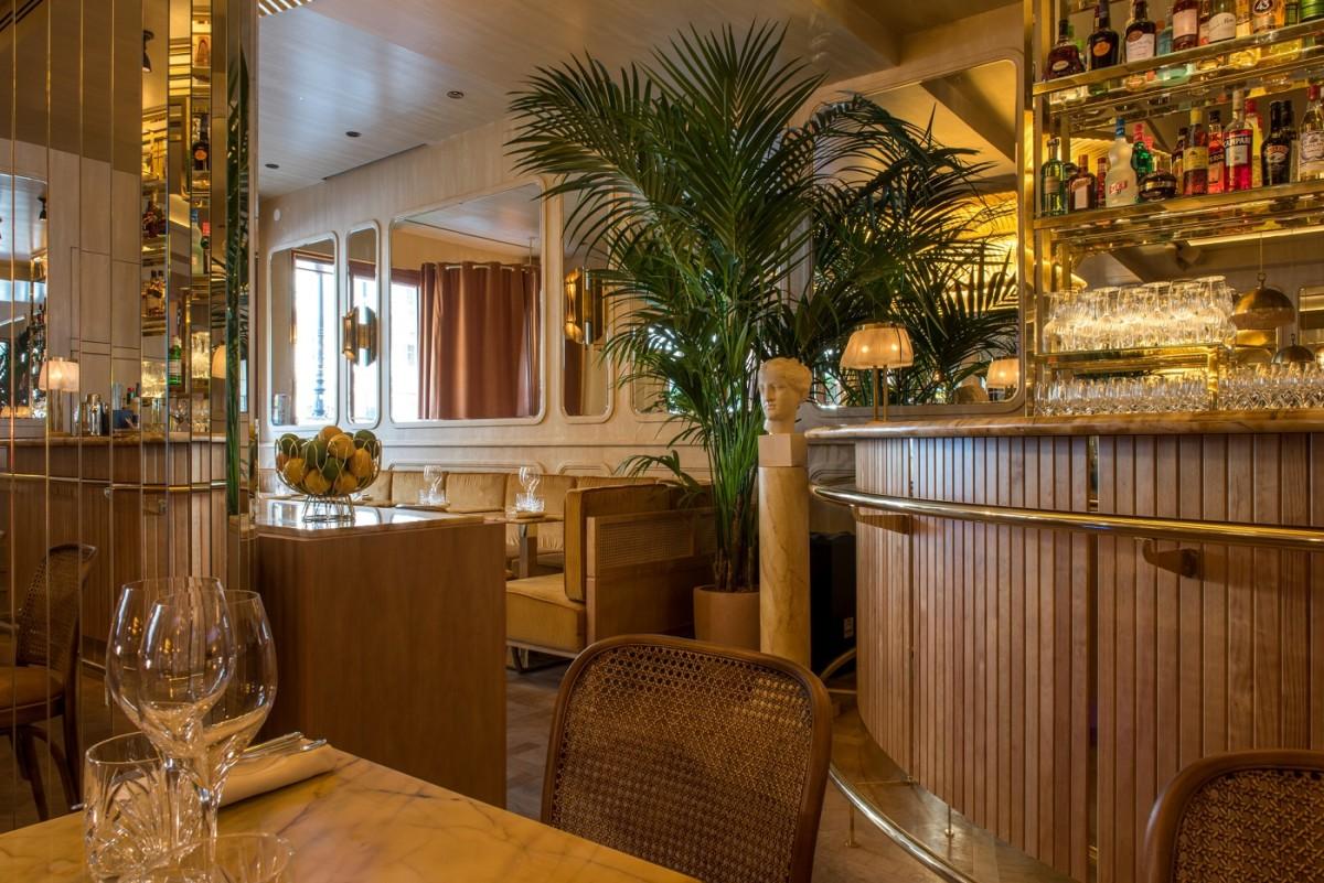 Как выглядит ресторан Nolinski Le Restaurant изнутри