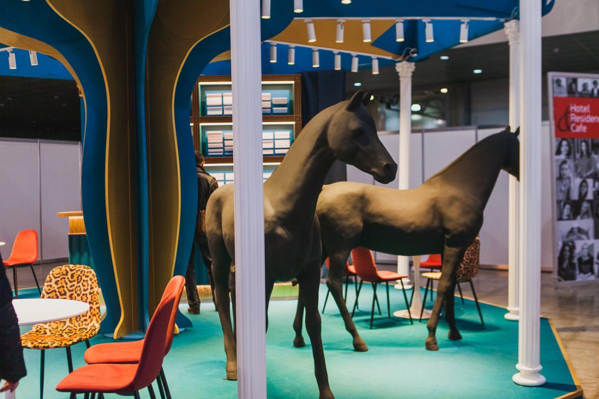 Прокатись на нашей карусели: самый необычный стенд с выставки Batimat Russia 2020
