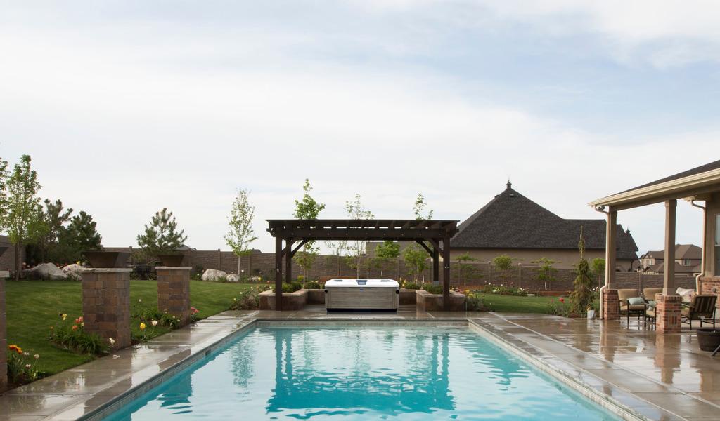 Как выглядит новая линейка спа-бассейнов от Villeroy & Boch