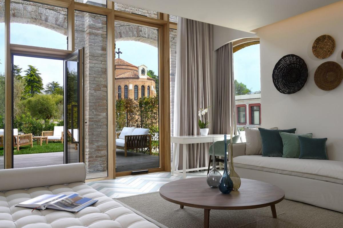 Работа Matteo Thun & Partners и Лука Коломбо преобразила курортный комплекс