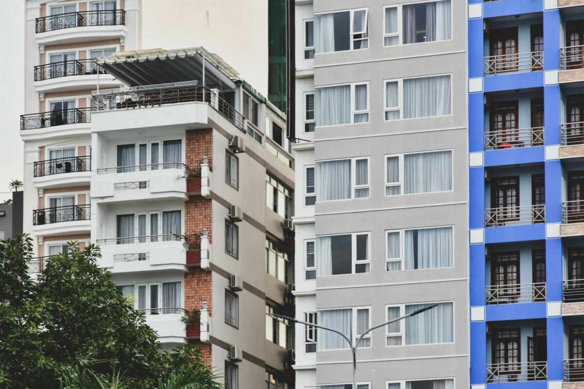Самые дорогие и самые дешёвые варианты квартир в Москве на осень-2021
